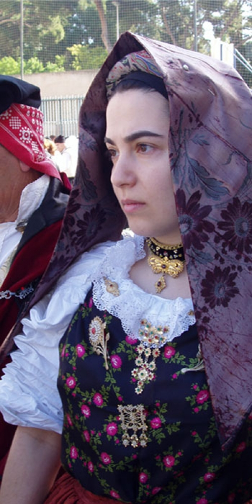 Costumi Sardi del Gruppo Folk Campidano di Quartucciu